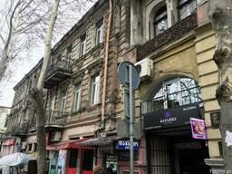 Продам квартиру в Тбилиси район Площадь Свободы