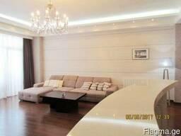 Продаётся 4 комнатная квартира в центре тбилиси в Ваке