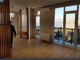Квартира с современным ремонтом и видом на море в Батумм