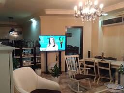 Продается 3 комнатная квартира около клиники БАУ на ул. Багратиони