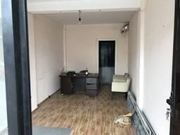 Продаются 4 офиса в Батуми, возле рынка, 1.5 км. от моря.