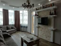Сдается трехкомнатная квартира в батуми