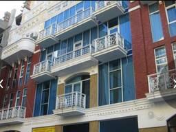 Сдаётся 3 х комнатная квартира В старом городе рядом Шератона