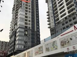Срочно продаётся квартира в Батуми 75 кв. м. , вид на море и горы.